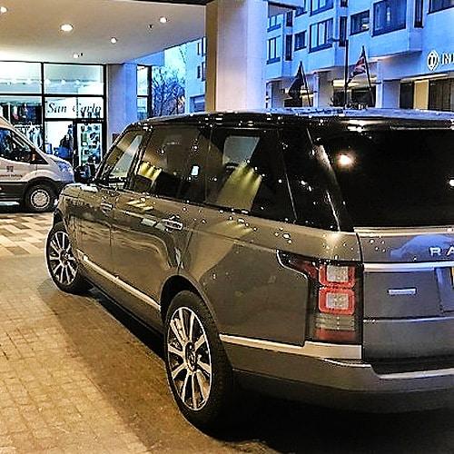 london-chauffeur-chauffeur-driven-range-rover-london